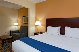 Suite - Holiday Inn Express Hotel & Suites Andalusia