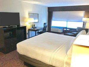 Room - Holiday Inn Express Aberdeen