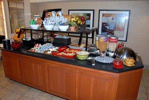 Restaurant - Staybridge Suites Airport Allentown
