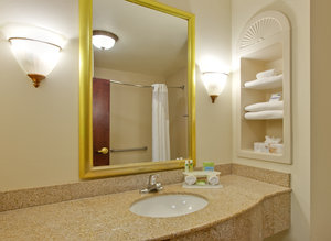 - Holiday Inn Express Hotel & Suites South Abilene