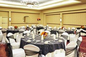 Ballroom - Holiday Inn Breinigsville