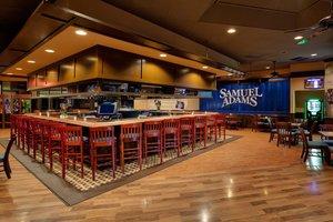 Bar - Holiday Inn Breinigsville