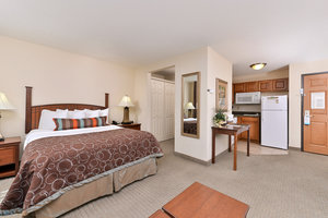 Room - Staybridge Suites North Albuquerque