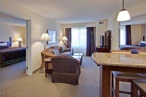 Suite - Staybridge Suites Carmel