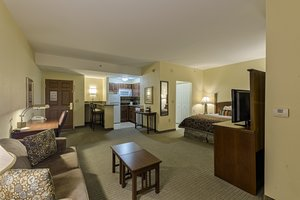 Room - Staybridge Suites Harrisburg
