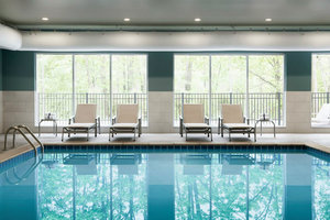 Pool - Holiday Inn Express Hotel & Suites North Allentown