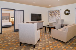 Suite - Holiday Inn Airport Kansas City