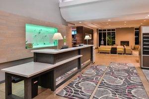 Lobby - Holiday Inn Airport Kansas City
