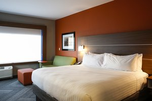 Room - Holiday Inn Express Hotel & Suites Downtown Louisville