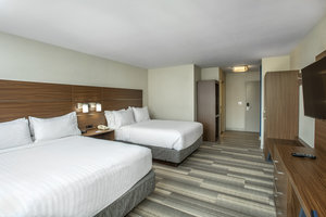 Room - Holiday Inn Express Hotel & Suites Medicine Hat