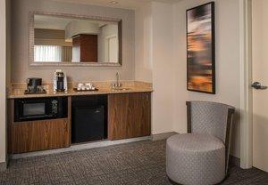 Room - Courtyard by Marriott Hotel Hagerstown