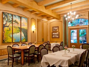 Restaurant - Hotel St Marie French Quarter New Orleans