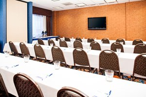 Meeting Facilities - Holiday Inn Express Hotel & Suites Coralville