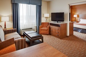 Suite - Holiday Inn Express Hotel & Suites Coralville