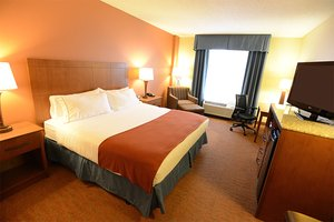 Room - Holiday Inn Express Hotel & Suites Coralville