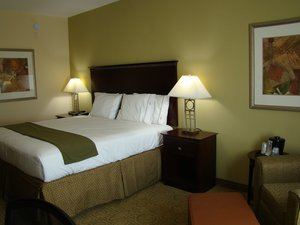 Room - Holiday Inn Express Hotel & Suites Brownfield