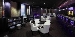 Bar - Crowne Plaza Hotel Natick