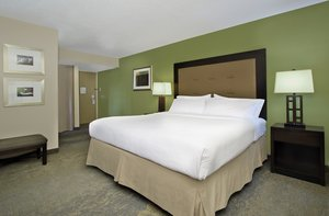 Room - Holiday Inn New Orleans Airport Metairie