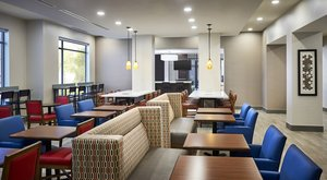 Restaurant - Holiday Inn Express Hotel & Suites Niagara on the Lake