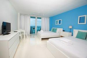 Room Design Suites At Castle Beach Miami