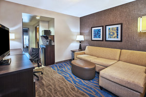 - Holiday Inn Express Hotel & Suites South Dayton