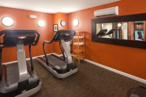 Fitness/ Exercise Room - Holiday Inn Express Hotel & Suites Boston