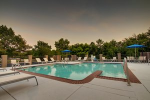 Pool - Holiday Inn Express Voorhees