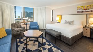Room - Bristol Hotel San Diego