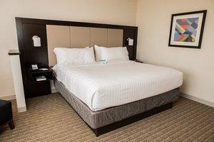 Room - Holiday Inn Express Hotel & Suites Marietta
