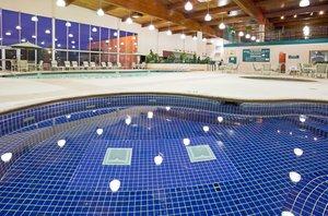 Pool - Holiday Inn Alexandria