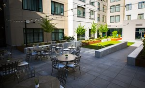 Restaurant - Staybridge Suites South Lake Union Seattle