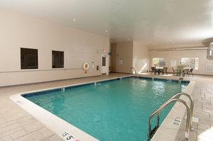 Pool - Holiday Inn Express Vernon