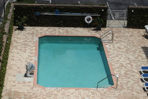 Pool - Holiday Inn Express Hotel & Suites Clearwater