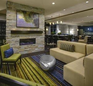 Lobby - Holiday Inn North Indianapolis