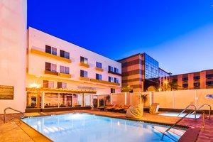 Pool - Hotel Indigo Maingate Anaheim