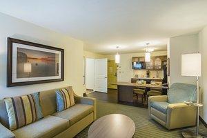 - Candlewood Suites University Area Pensacola