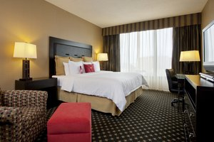 Room - Crowne Plaza Hotel Airport Indianapolis