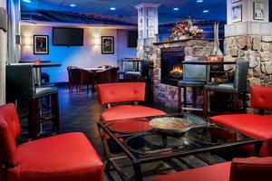Bar - Holiday Inn Fort Lee