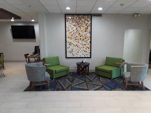 Lobby - Holiday Inn Express Easton