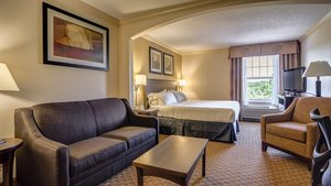Suite - Holiday Inn Express Hotel & Suites Hadley