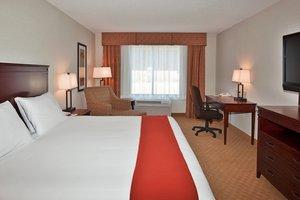 Room - Holiday Inn Express Hotel & Suites Brockville