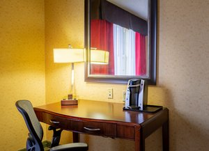 Room - Holiday Inn Express Hotel & Suites Williamsburg
