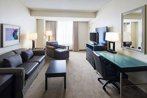Suite - Holiday Inn Hotel & Suites Universal Studios Orlando