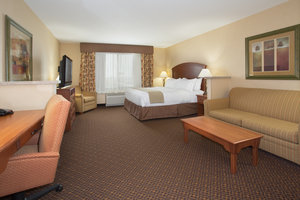 Suite - Holiday Inn Express Mitchell