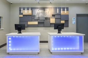Lobby - Holiday Inn Express Hotel & Suites Hobby Airport Houston