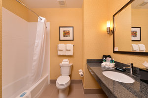 - Holiday Inn Express Hotel & Suites Airport Bakersfield