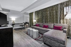 Suite - Hotel Indigo Downtown Dallas