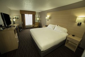 Room - Holiday Inn Express Watertown