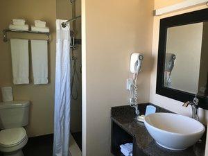 - Holiday Inn Airport Polo Park Winnipeg