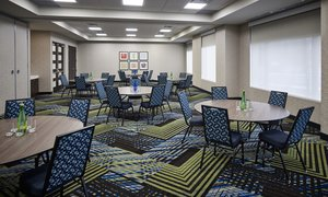 Meeting Facilities - Holiday Inn Express Hotel & Suites Niagara on the Lake